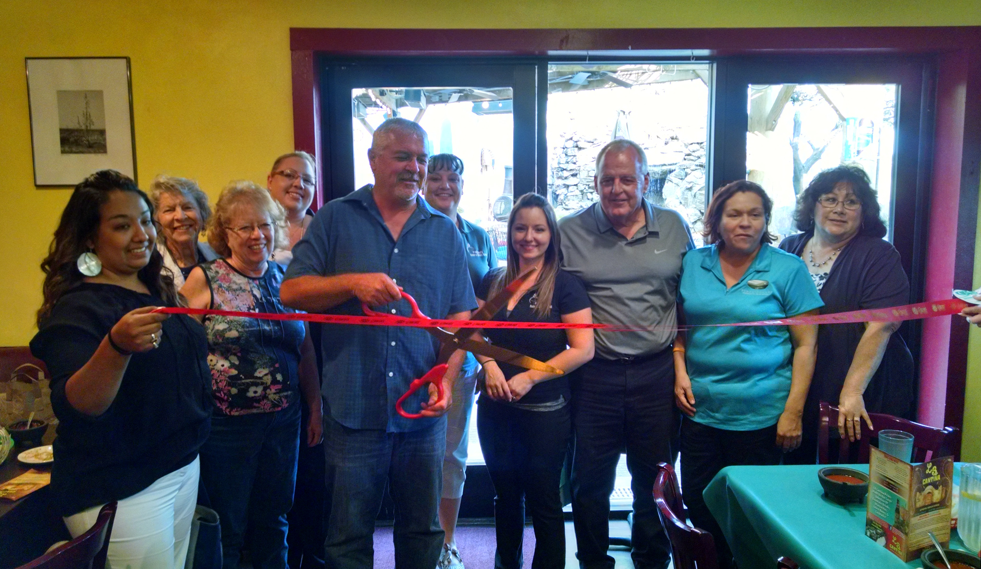 Spider Trainers' ribbon cutting in Florence image